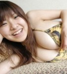 Hanai miri in posing her big tits in bikini.