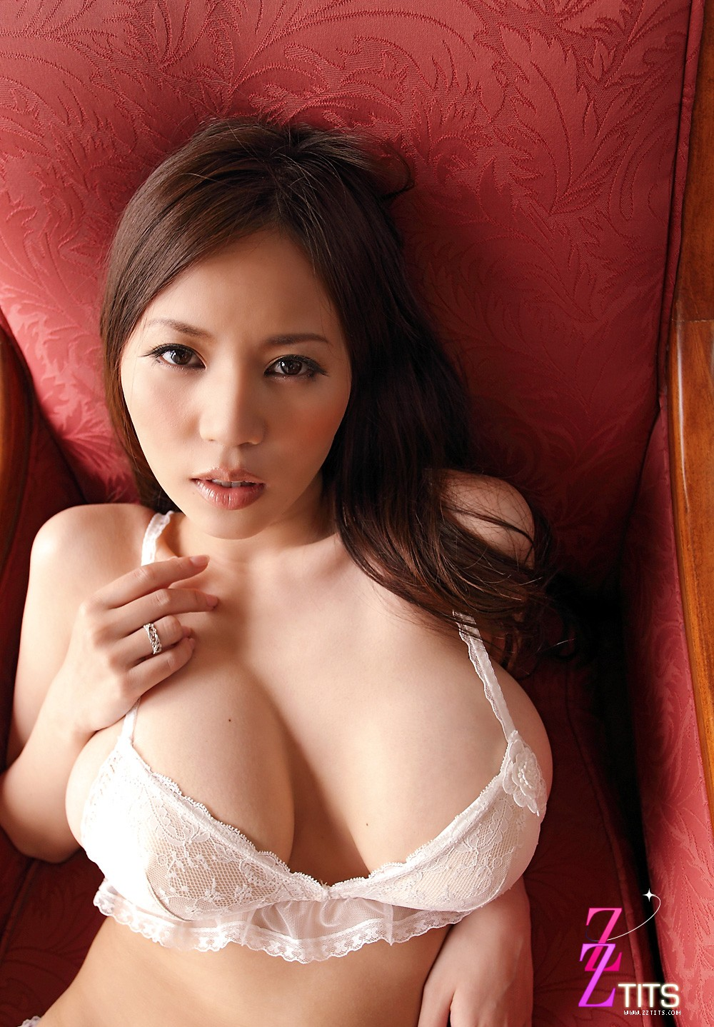 ruri saijo beautiful big breasts